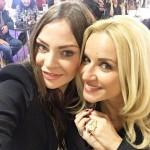 Υβόννη Μπόσνιακ πήγε για ψώνια με την κουμπάρα της Μαρία Μπεκατωρου.