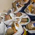 Διανομή τροφίμων και ειδών καθαριότητας