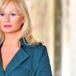 Αγγελική Νικολούλη:«Με σημάδεψαν με όπλο στο πρόσωπο»