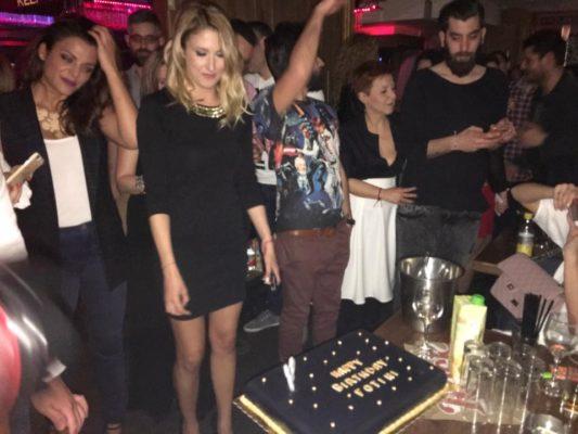 Φωτεινή Πετρογιάννη γιόρτασε τα γενέθλια της με φίλους