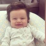Μωρό γεννήθηκε με… μαλλί κομμωτηρίου