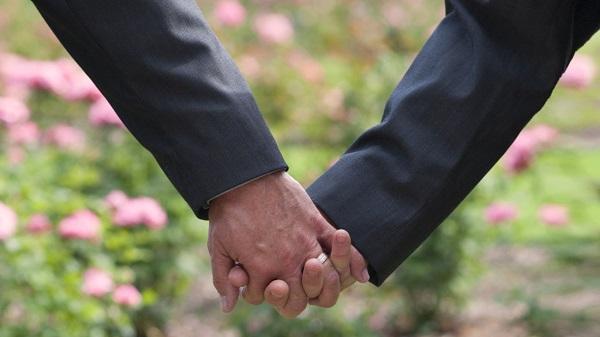 Το πρώτο σύμφωνο συμβίωσης στα Χανιά υπέγραψε ομόφυλο ζευγάρι