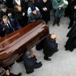 «ΠΑΓΩΣΑΝ» σε κηδεία στη Κρήτη από αυτό που είδαν όταν άνοιξαν το φέρετρο