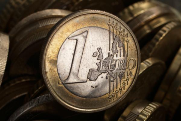 Πρωτογενές πλεόνασμα 2,715 δισ. ευρώ το πρώτο τετράμηνο