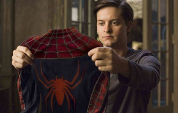 "Tobey Maguire: Στη Μύκονο για διακοπές ο ""Spiderman"""