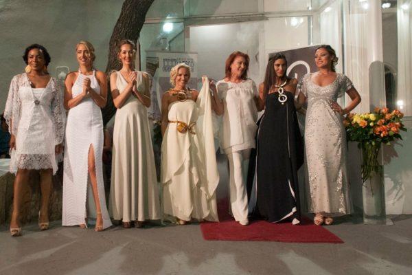 Καλοκαιρινή επίδειξη μόδας του Atelier Rene για τα Μάρμαρα του Παρθενώνα
