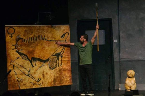 """Παραπάνω από επιτυχία η παράσταση """"Caveman"""" στα Χανιά"""