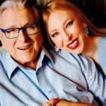 Ο Κώστας Βουτσάς και η Αλίκη Κατσαβού έγιναν γονείς