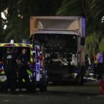 Mακελειό στη Γαλλία με δεκάδες νεκρούς και τραυματίες