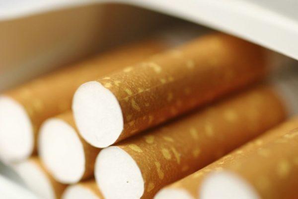 Σε χαμηλό ιστορικό οι καπνιστές στην Ελλάδα