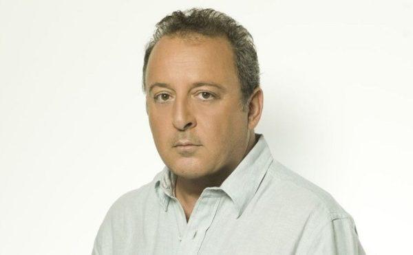Επιστρέφει τηλεοπτικά ο Δημήτρης Καμπουράκης
