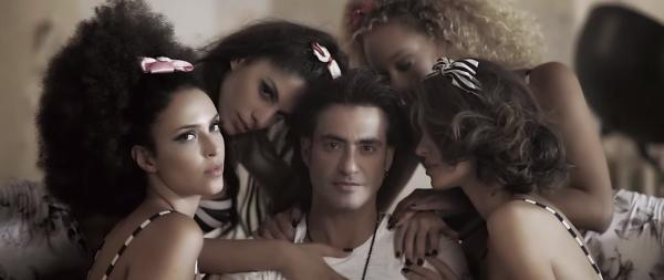 """""""Απομίμηση αγάπης"""" Το νέο βίντεο κλιπ του Διονύση Σχοινά"""