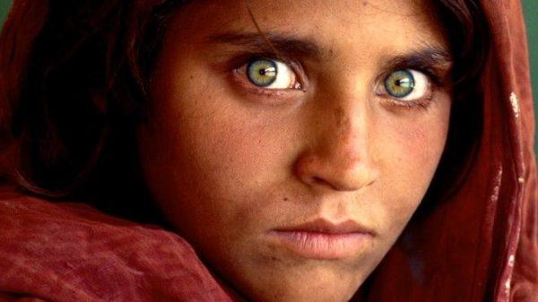 Συνελήφθη η 'μικρή' Αφγανή του National Geographic