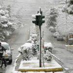 Ψύχος προ των πυλών: Χιόνια και στο λεκανοπέδιο της Αττικής