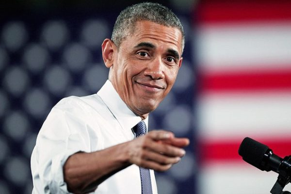 """Ο Barack Obama """"τρολαρε"""" τον Donald Trump στο show του Jimmy Kimmel"""