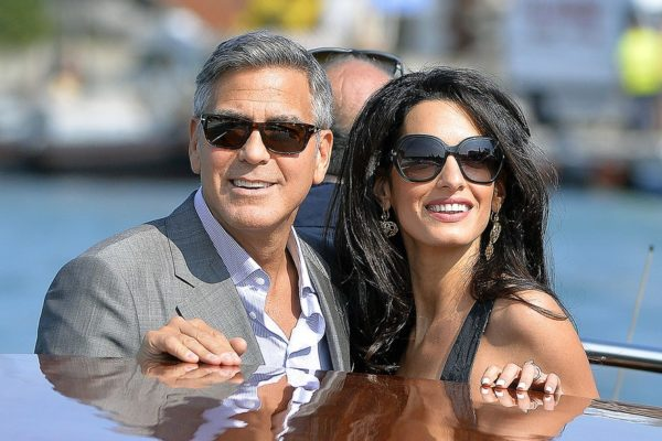 H σύζυγός του George Clooney έπεσε θύμα σεξουαλικής παρενόχλησης