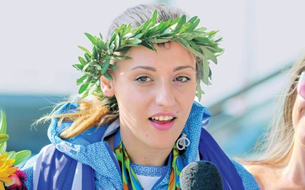 Άννα Κορακάκη: «Σαν Μακεδόνισσα λυπάμαι, μη φωτογραφηθείτε δίπλα μου»