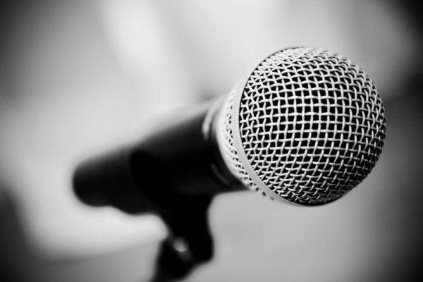 Γνωστή Ελληνίδα τραγουδίστρια: «Μου είπε δεν έχεις άστρο, πάρ΄το απόφαση»!