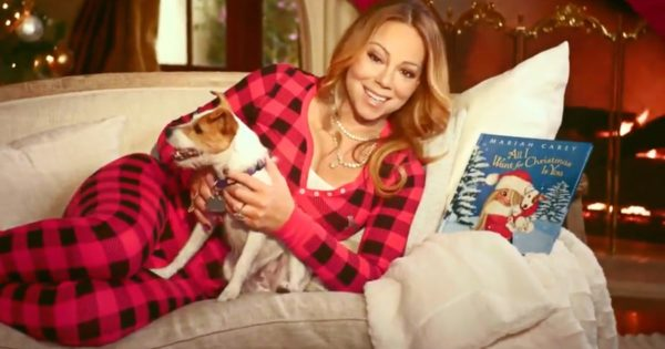 Δείτε την πρώτη ζωντανή παρουσίαση του «All I Want For Christmas Is You» της Mariah Carey