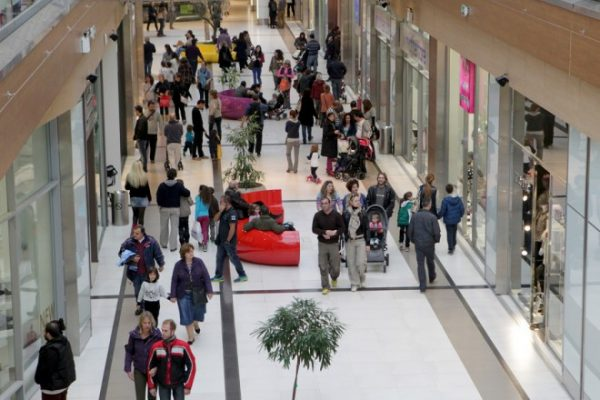 Σε ποιες περιοχές τα καταστήματα θα είναι πλέον ανοιχτά τις Κυριακές