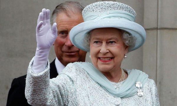 Η Βασίλισσα Ελισάβετ ψάχνει για νέο social media manager: Δεν φαντάζεστε τον μισθό που δίνουν