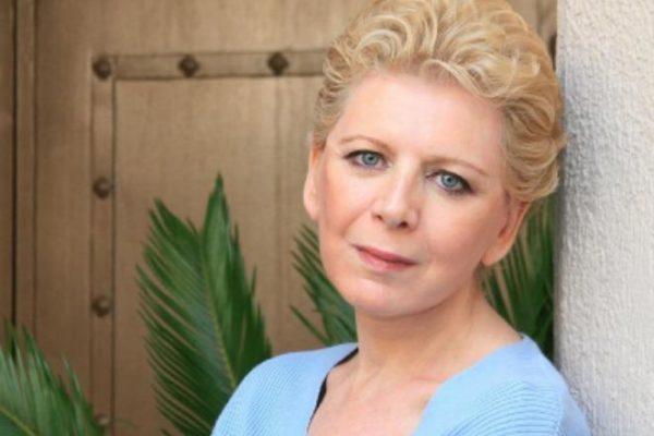 Στην πρωινή εκπομπή του OPEN «Ευτυχείτε» και στην Κατερίνα Καινούργιου μίλησε η Έλενα Ακρίτα