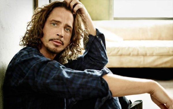 Έφυγε από τη ζωή ο τραγουδιστής Chris Cornell