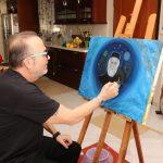 Σταμάτης Γονίδης: Έκθεση ζωγραφικής για να ενισχυθεί ίδρυμα για αυτιστικά άτομα