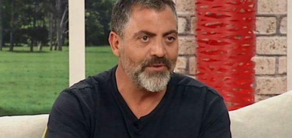 """Κούλλης Νικολάου: Ο παραγωγός του """"Τατουάζ"""" αποκαλύπτει αν ο Γιώργος Αγγελόπουλος ήταν αντάξιος των προσδοκιών του"""