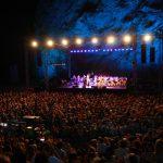Φεστιβάλ στη σκιά των Βράχων 2020 στο Θέατρα | Πρόγραμμα Εκδηλώσεων