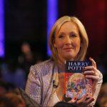 J.K. Rowling ζητά δημόσια συγγνώμη από τους αναγνώστες του Harry Potter