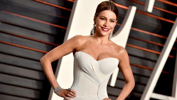 Sofia Vergara: «Όταν έχεις γεννηθεί με γιγάντιο στήθος…»