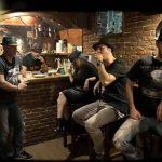 Το συγκρότημα Καπέλα στο Γυάλινο – Up Stage