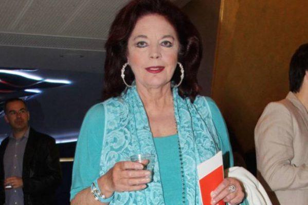 Έφυγε από την ζωή η Καίτη Παπανίκα