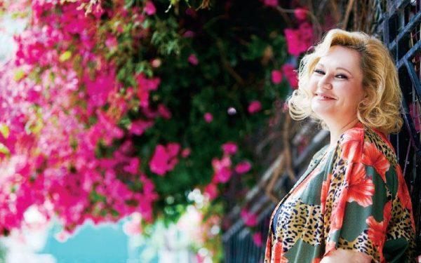 Καίτη Φίνου: Έφυγε από την ζωή η μικρή της αδερφή