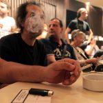 Καπνίζουν οι Έλληνες τόσο πολύ όσο νομίζουμε;