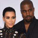 Η Kim Kardashian και ο Kanye West θα γίνουν γονείς για τρίτη φορά