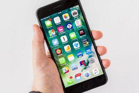 Η Apple έχει πρόβλημα με το iPhone 8