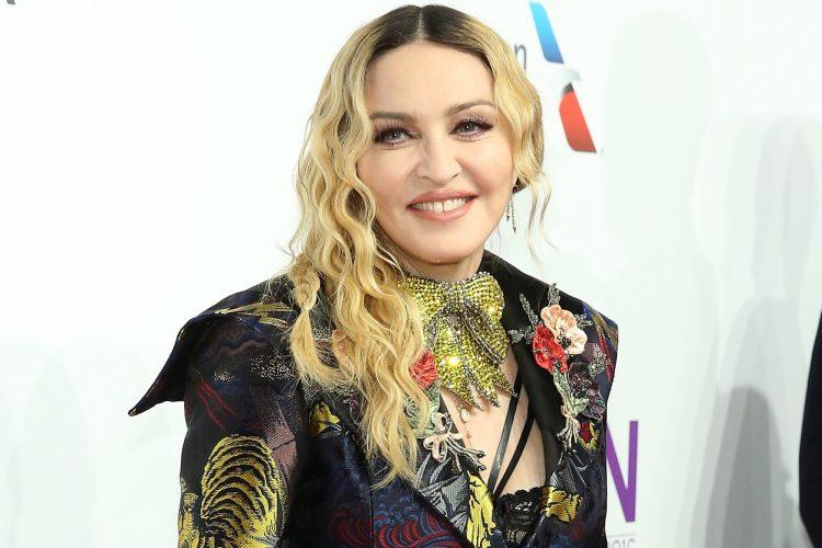 Η Madonna αποκάλυψε ότι βρέθηκε θετική στον κορονοϊό