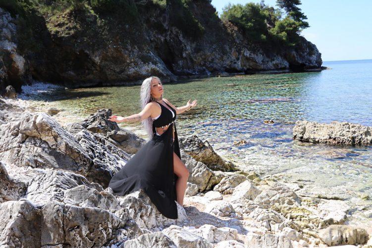 «Ερωτευμένη» - Νέα Επιτυχία και Video Clip από τη Naya