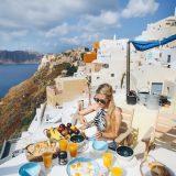 Ρεκόρ αφίξεων και έσοδα 14 δισ. ευρώ για την Ελλάδα