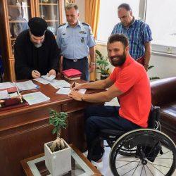 Eπίσημα αστυφύλακας ο Αντώνης Τσαπατάκης