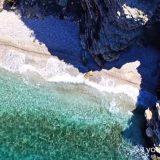 Οι κρυφές παραλίες της Αττικής