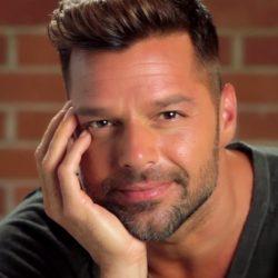 Το τηλεφώνημα του Ricky Martin για την τηλεοπτική σειρά για την δολοφονία του Gianni Versace