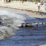 Στη Γλυφάδα έφθασε η ρύπανση. Πανστρατιά για τη σωτηρία του Σαρωνικού