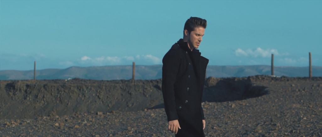 Έρχεται το νέο βίντεο κλιπ του Νίκου Οικονομόπουλου για το νέο του single «Για κάποιο λόγο».