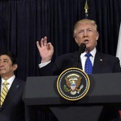 Viral οι φωτογραφίες του μαυρισμένου Τραμπ - Fake news απαντά ο πρόεδρος των ΗΠΑ