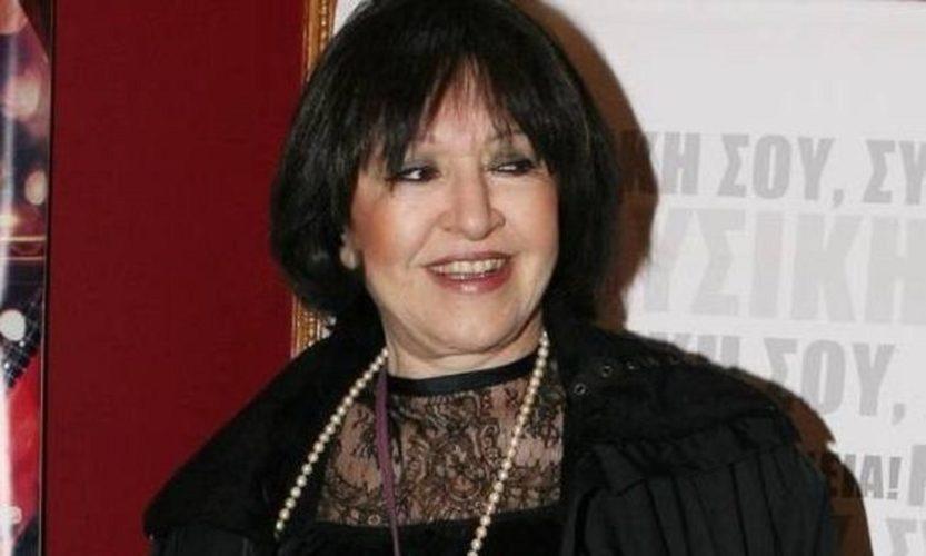 Η απάντηση της Μάρθας Καραγιάννη στα σχόλια για το κοστούμι της Μαρίας Κορινθίου