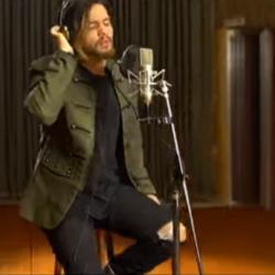 «Για Όλα Ικανοί»: Ο Χρήστος Μάστορας τραγουδά στην «Τζαμάικα»