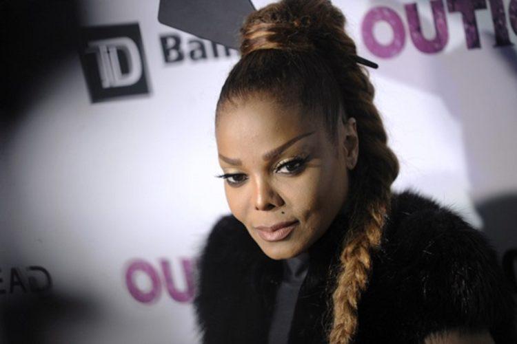 Διαλύεται η μύτη της Janet Jackson
